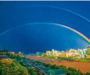 刘立 彩虹飞架兰州城池